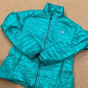 Women's the north face zip up puffer stow jacket